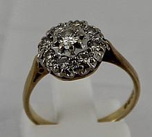 Ladies Diamond cluster ring - 8  small d