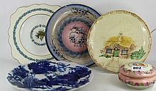 Quantity of decorative plates and trinke