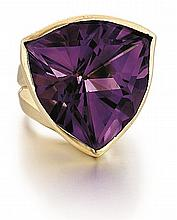 14kt Yellow Gold and Amethyst Lady's Ring