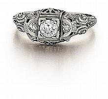 18kt White Gold an Diamond Lady's Ring