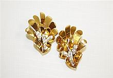 14kt Yellow Gold and Diamond Lady's Earrings, Pair
