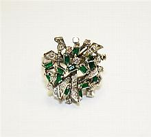 18kt White Gold, Diamond and Emerald Lady's Ring