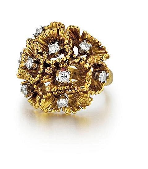 18kt Yellow Gold and Diamond Lady's Ring