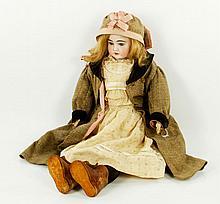 Handwerk, Bisque Head Doll