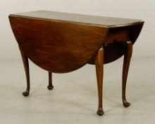 18th C. Queen Anne Drop Leaf Table