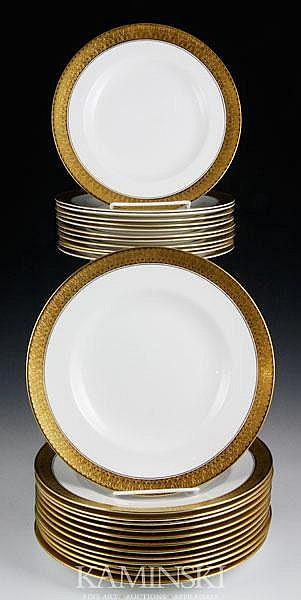 25 Royal Crown Derby Plates