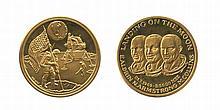 Médailles. Le président Kennedy (10,44 g). On a marché sur l