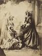 Félix Jacques Antoine MOULIN (1802-1875).Deux femmes dans un décor de jardin, vers 1853-1857.Épreuve d'époque sur papier albuminé.22,5 × 17 cm.Montage conservation : 40 × 30 cm.Tireur d'exception, Félix Moulin est aussi le représentant de la maison