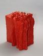 Patrick CONZETT (né en 1960)  La foule.  Béton peint rouge.  Signé.  H. : 31 cm ; Larg. : 25 cm; Prof. : 23 cm.