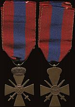 WAR CROSS 1940. 3rd class:Bronze cross and crown. With full ribbon (Stratoudakis 121.34) Very Fine