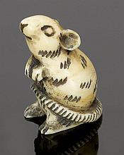 Netsuke Japan. - Ratte - Elfenbein. H. 4,3 cm...
