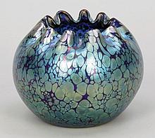Kugelige Vase mit 10-fach eingedrücktem Lippenrand - cobalt Papillon, Silbergelbkrösel