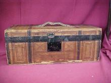 Early traveling case w/metal containers.