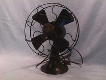 Early Dayton Fan and Motor Co. oscillating fan