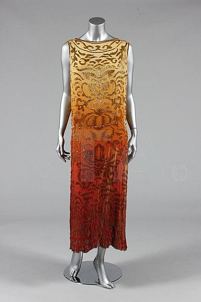 A beaded crepe de chine flapper dress, circa 1922,