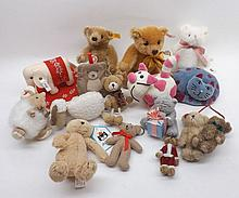 Box containing a quantity of assorted bears and small animals to include Steiff