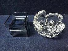 A Mixed Lot comprising: a Finnish Riihimaen Lasi Square blue tinted Art Glass Va