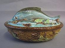 C19th Majolica oval pate tureen & cover, bowl