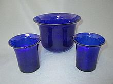 Plain Bristol blue bowl & a pair of beakers