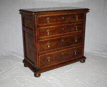 Henredon 4 drawer small chest. 30 1/2