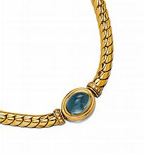 AQUAMARINE AND DIAMOND NECKLACE.Yellow gold 750,
