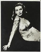 FILM - [Anonym]. Portrait von Lois Collier. Origin