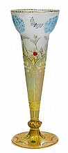 DAUM NANCYVASE, c. 1900White glass with etched,
