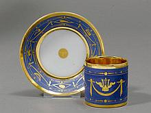 CUP AND SAUCER 'LITRON', Paris ca. 1810.Each piece