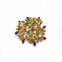 EMERALD, SAPPHIRE AND DIAMOND BROOCH.Yellow gold