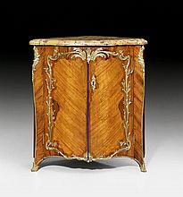 ENCOIGNURE, Louis XV, monogrammed DF (Jean