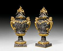 PAIR OF ORNAMENTAL VASES 'AUX ANGELOTS', in the
