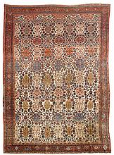 FERAGHAN antique. White ground, patterned