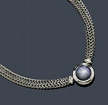 STAR SAPPHIRE, DIAMOND AND PLATINUM NECKLACE,