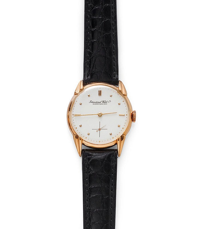 WRISTWATCH, IWC, 1940s.Pink gold 750.Round case