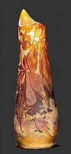 DAUM NANCYSOUFFLE-VASE, um 1910Weisses Glas braun
