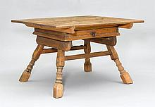 CHANGER TABLE,Baroque, in the style of the Alpine