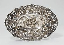 OVAL BASKET,Germany, after 1888.Oval with curved