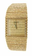 Classic 14kt  yellow gold Piaget watch 96.4  DWT Folding clasp, water resistant $32.00 S&H