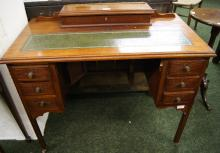 Early 20th Century ladies' writing desk with green gilt tooled leather insert