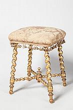 Tabouret en bois doré, pieds torsadés, réunis en une entretoise surmontée d'une toupie, époque Napoléon III.