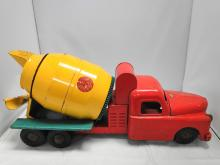 STRUCTO READY MIX TRUCK YELLOW 1950'S METAL