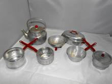 CHILDS RED HANDLE POTS,PANS, TEA POT 7PC