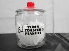 EAT TOM'S ROASTED PEANUTS JAR 5CENT BLK LETTERS