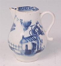 A Lowestoft porcelain sparrowbeak cream jug,