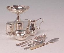 Mixed silver to include; Elkington & Co footed