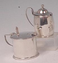 A circa 1900 silver preserve pot, of cylindrical