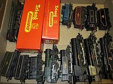 Triang 00 gauge trainset to include many engines and tenders, rolling stock and accessories, some in original boxes