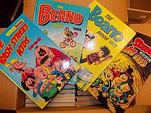 Quantity of various books ' The Beano ' and other childrens annuals