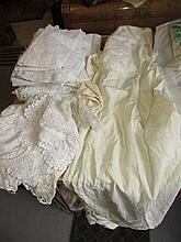 Bag containing a quantity of various 19th and 20th Century lace and linen