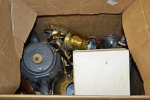 Small quantity of various brass items together with a quantity of pewter tea ware
